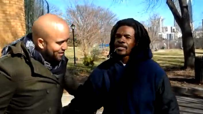 Didn't See That Coming. Watch What This Homeless Man Gives an Unsuspecting Musician