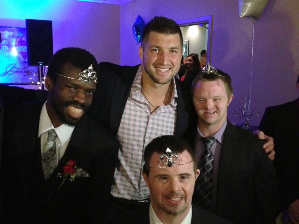 HT_tebow_foundation_night_to_shine_1_sk_150220_4x3_992
