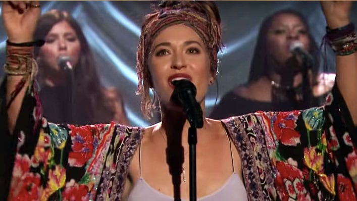 Lauren Daigle Beautiful >> I Didn't Think She Could Get Any Cuter, but at 20 Seconds
