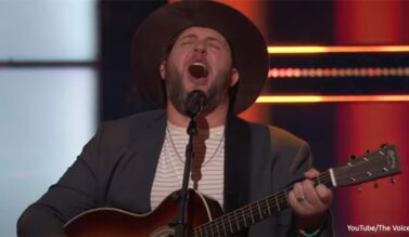 Pastor Advances to Knockout Rounds on 'The Voice'
