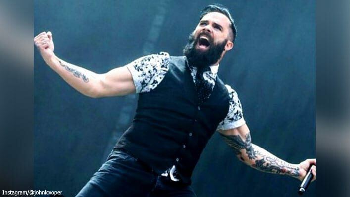 "Skillet Singer Calls Out Christian Leaders Rejecting Their Faith by  ""Regurgitating Jesus' Words"""